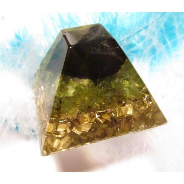 Orgonity - Mayská pyramida se šungitem a olivínem