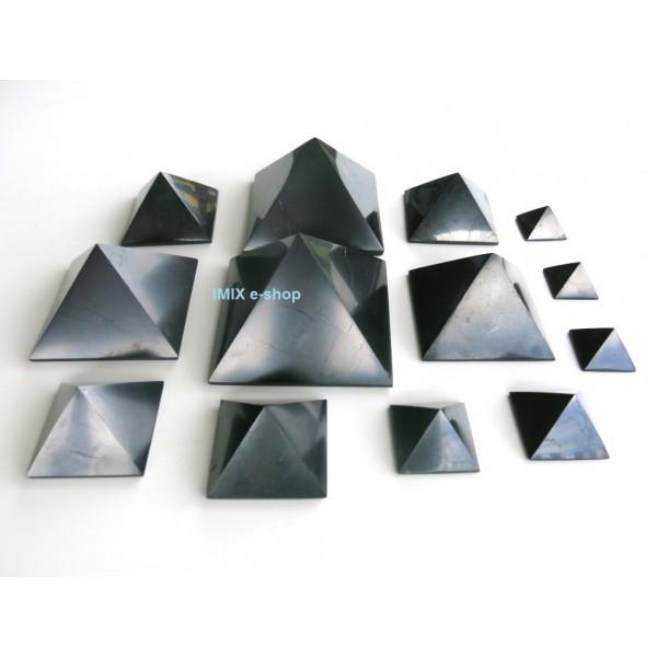 Šungitová pyramida 3x3 cm Karélie