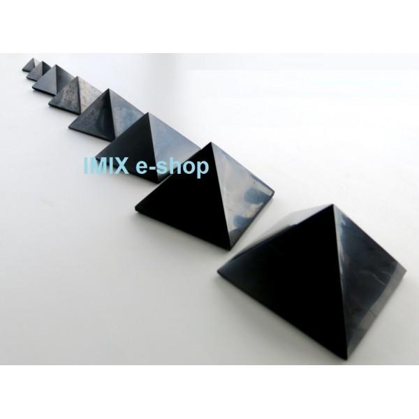 Šungitová pyramida 5x5 cm Karélie