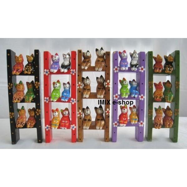 Indonéská dřevěná dekorace do dětského pokoje - kočky